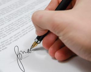 czytanie dokumentu przed podpisaniem