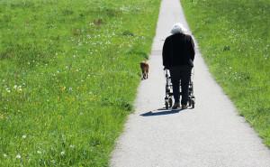bezpieczeństwo seniora poza domem