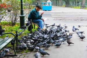 starsze osoby często są celem oszustów